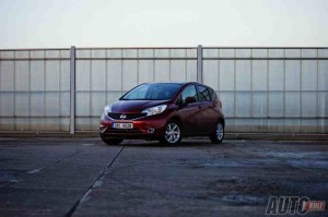 nissan-note-2014-01